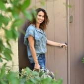 """Comment est né Love In St Rémy ? 💐❤🌞 Extrait de l'interview de Laetitia Labrune de Luca, notre créatrice :  """" C'est une Provence joyeuse, authentique, subtile et raffinée qui m'a ouvert les bras il y a 9 ans, une Provence remplie de plaisirs pour les sens, où la beauté est partout, érigée en art de vivre. C'est cette Provence que j'ai voulu insuffler dans nos créations. 😁🙏  Crédit photo 📸 @thierryteisseire #lifestyle #mercilavie #provencemonamour #loveinstremy #provencelife #laetitialabrunedeluca #doorsoftheworld #lifestyle"""