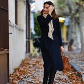 Embrasser l'hiver, arpenter Saint Rémy de Provence, s'émerveiller, s'inspirer… Bon week end à tous.🌾🍂🍁🌙  Crédit photo : @thierryteisseire  #france #saintremydeprovence #petitsbonheurs   Always a pleasure to walk the streets of St Rémy de Provence… so inspiring ! 🌾🍂🍁🌙  #stremydeprovence #vivreenprovence #autumnleaves #LaetitiaLabrunedeLuca