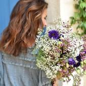 """Le monde a soif d'amour"" A. Rimbaud  - #mothersday #parfumsdubonheur #flowers #blossom #lifeisbeautiful #loveinstremy #laetitialabrunedeluca  #lesalpilles #instaflowers #provencelife  🌿📸 @thierryteisseire"